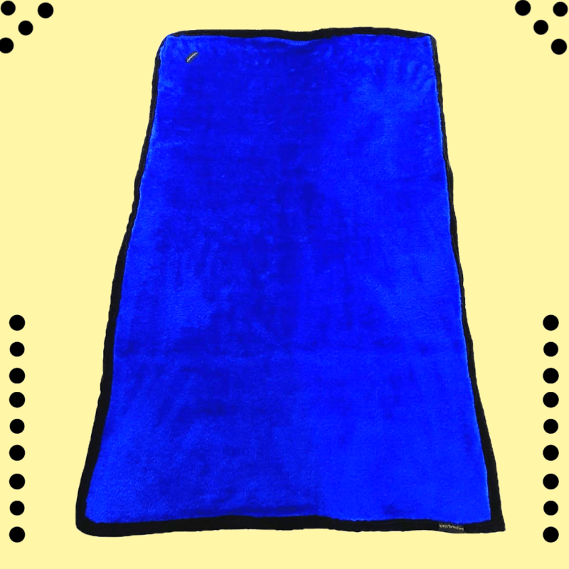Very soft Blue Faux Fur Blanket - Mat - Rug with plain Black on the other side